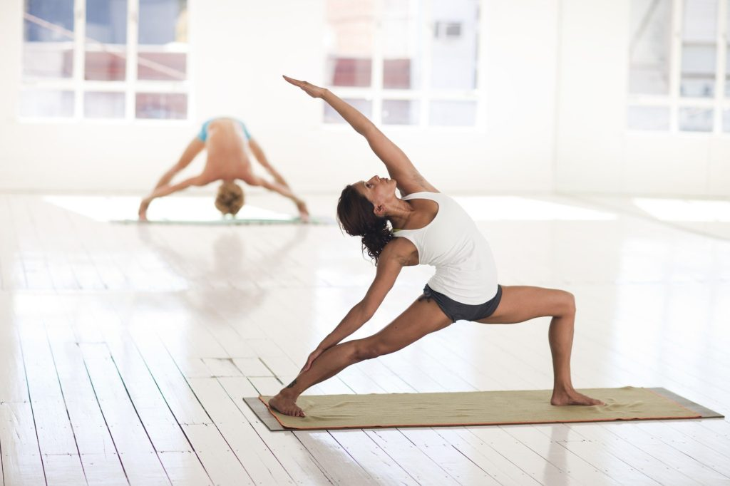 girl doing yoga for weight loss